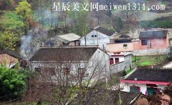 炊烟,飘扬在腊月的山村